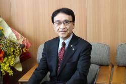 トップ > 医学部の紹介 > 医学部長メッセージ 中村先生