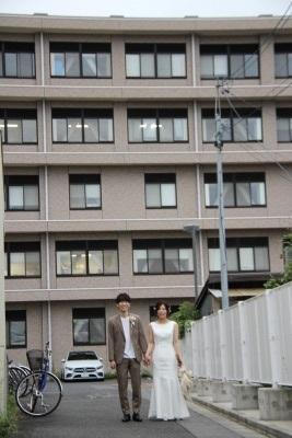 トップ > 新着情報 031005卒業生結婚前撮り01